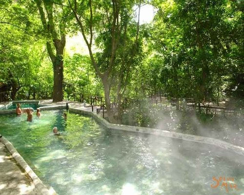 rsz_hot_springs_2