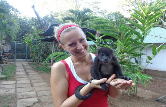 rsz_picture_with_the_howler_monkey