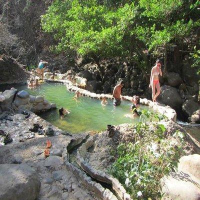 rsz_hacienda-guachipelin_hot_springs